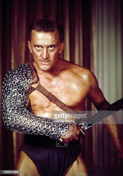 Kirk Douglas the slave Spartacus, ready to fight in a scene from the film 'Spartacus', 1960.