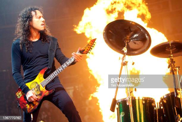 """Kirk Hammett of Metallica performs during the band's """"St. Anger"""" tour at HP Pavilion on November 28, 2004 in San Jose, California."""