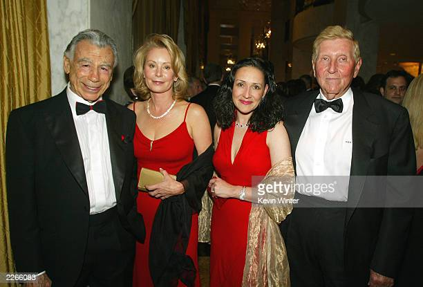 Kirk Kerkorian Una Davis Paula Fortunato and Sumner Redstone pose for photos at An Evening with Larry King and Friends to benefit The Larry King...