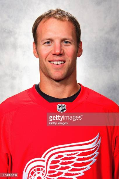Kirk Maltby of the Detroit Red Wings poses for his 2007 NHL headshot at photo day in Detroit Michigan