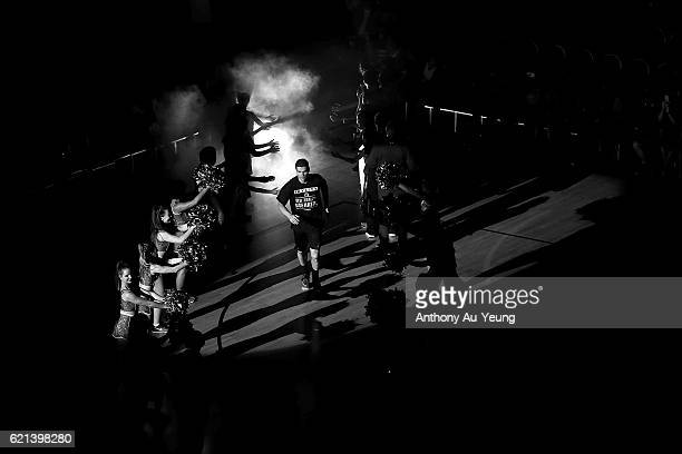 Kirk Penney of New Zealand runs out during the players introduction during the round five NBL match between the New Zealand Breakers and the Brisbane...