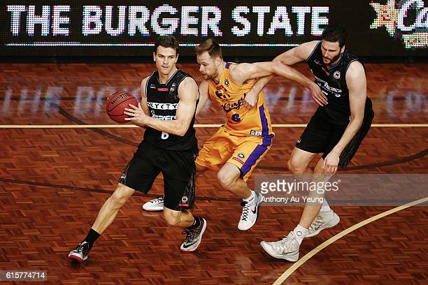 Kirk Penney of New Zealand shakes off Brad Newly of Sydney during the round three NBL match between the New Zealand Breakers and the Sydney Kings at...