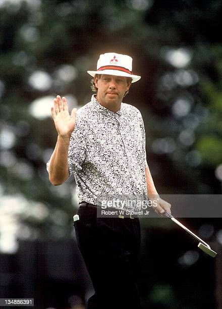 Kirk Triplett waves to crowd during the Canon Greater Hartford Open Cromwell CT 1989