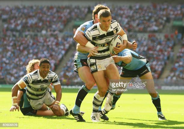 Kirk Yeaman of Hull in action during the Carnegie Challenge Cup Final between Hull FC and St Helens at Wembley Stadium in London on August 30 2008