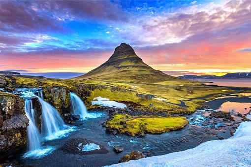 Kirkjufell at sunrise in Iceland. Beautiful landscape. 959966730