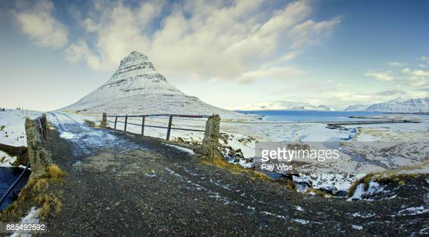 kirkjufell panorama - partition wizard stock pictures, royalty-free photos & images