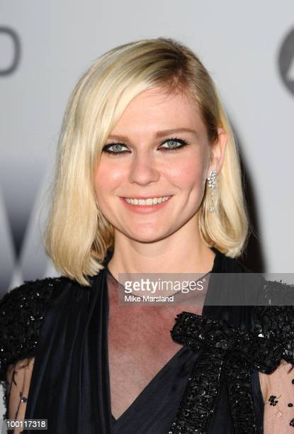 Kirsten Dunst arrives at amfAR's Cinema Against AIDS 2010 benefit gala at the Hotel du Cap on May 20 2010 in Antibes France