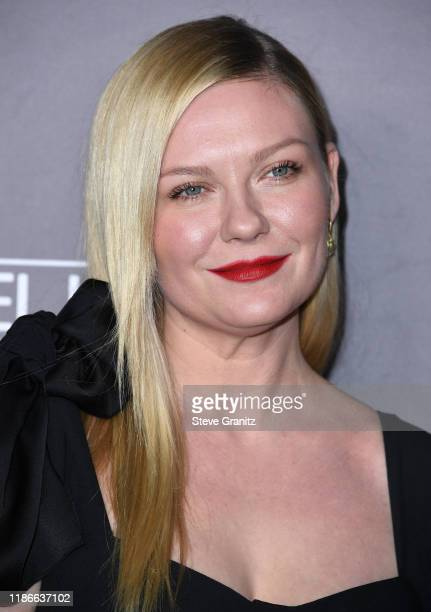 Kirsten Dunst arrives at the 2019 Baby2Baby Gala Presented By Paul Mitchell at 3LABS on November 09 2019 in Culver City California
