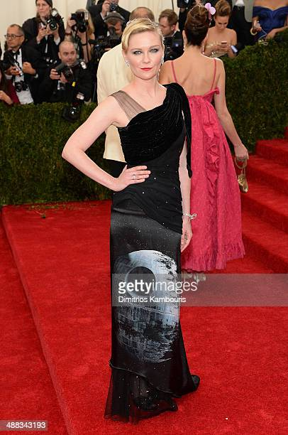 Kirsten Dunst attends the Charles James Beyond Fashion Costume Institute Gala at the Metropolitan Museum of Art on May 5 2014 in New York City