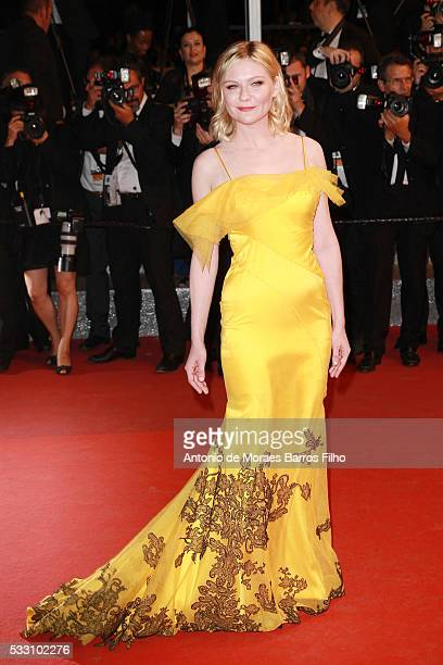 Kirsten Dunst attends 'The Neon Demon' premier during The 69th Annual Cannes Film Festival on May 20 2016 in Cannes