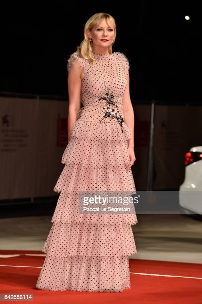 Kirsten Dunst walks the red carpet ahead of the 'Three Billboards Outside Ebbing Missouri' screening during the 74th Venice Film Festival at Sala...