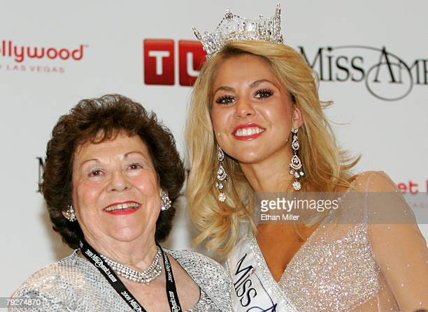 Kirsten Haglund , Miss Michigan, poses with her grandmother Iora Hunt, Miss Michigan 1944, during a post-show news conference after Haglund won the...