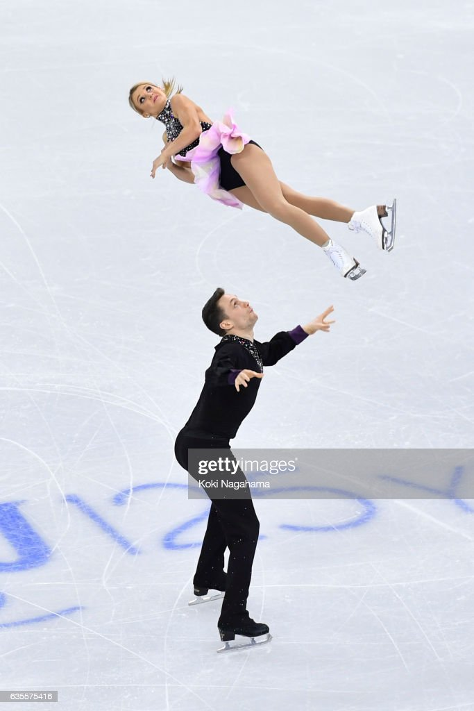 Kirsten Moore-Towers and Michael Marinaro of Canada compete in the Pairs Short Program during ISU Four Continents Figure Skating Championships - Gangneung -Test Event For PyeongChang 2018 at Gangneung Ice Arena on February 16, 2017 in Gangneung, South Korea.