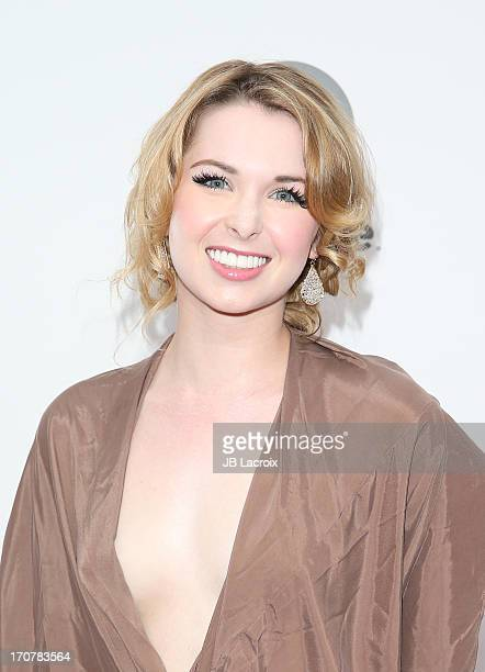 Kirsten Prout Nude Photos 10