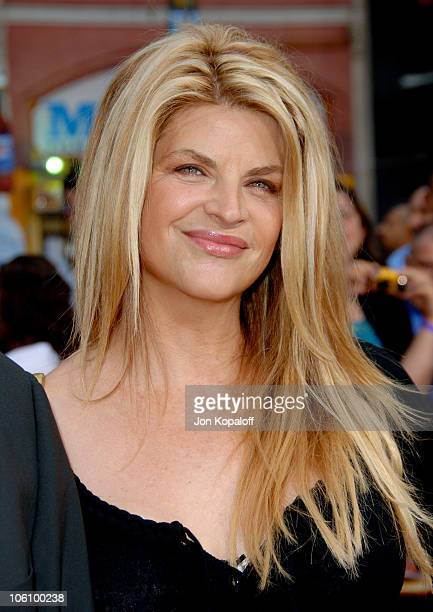 Kirstie Alley during 'Mission Impossible III' Los Angeles Fan Screening Arrivals at Chinese Theater in Hollywood California United States