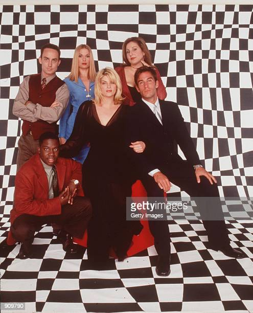 Kirstie Alley Kathy Najimy Dan Cortese Robert Prosky Wallace Langham and Daryl Chill Mitchell star in Veronica's Closet Photo NBC