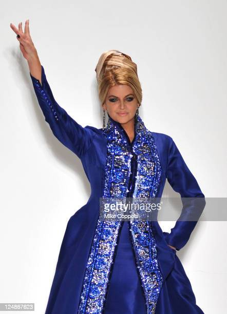 60 Meilleures Kirstie Alley Photos Et Images Getty Images