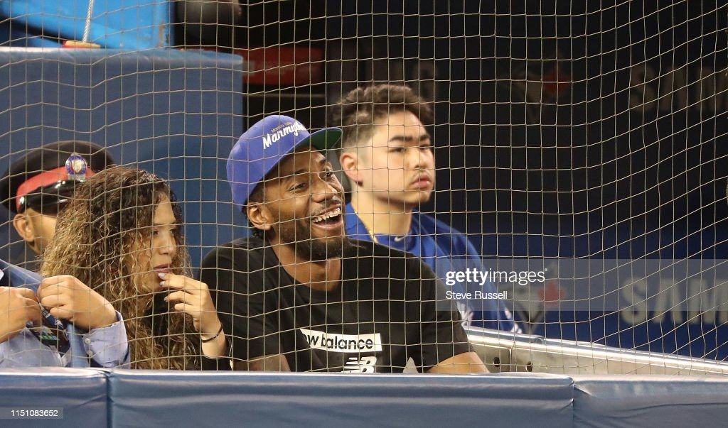 Toronto Blue Jays play the Los Angeles Angels : News Photo
