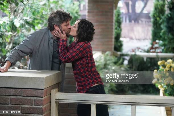 THE CONNERS A Kiss Is Just A Kiss Darlene continues to struggle with deciding between David and Ben Becky begins to doubt herself as a mom and Mark...