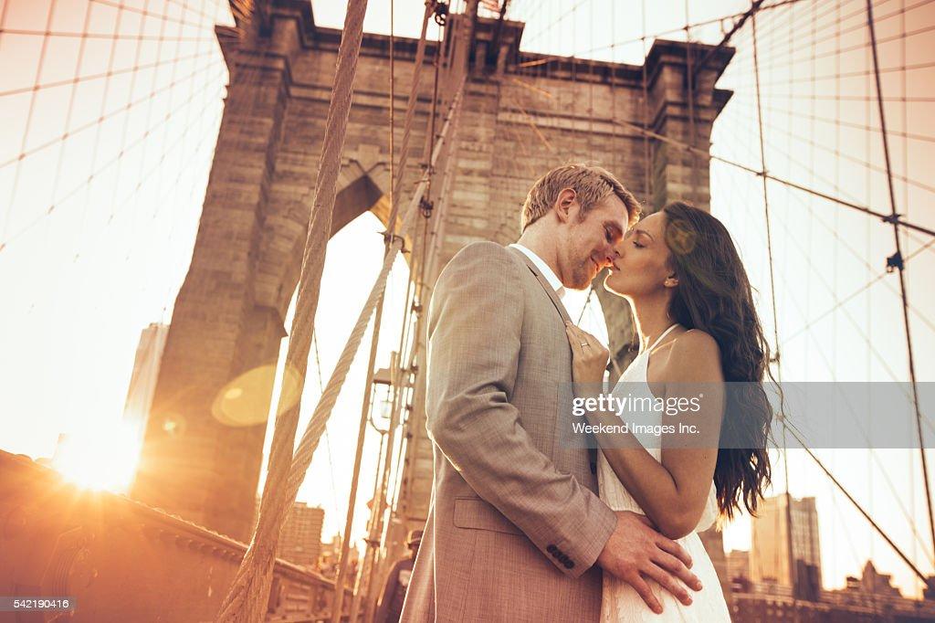 Kiss on Brooklyn Bridge : Stock Photo