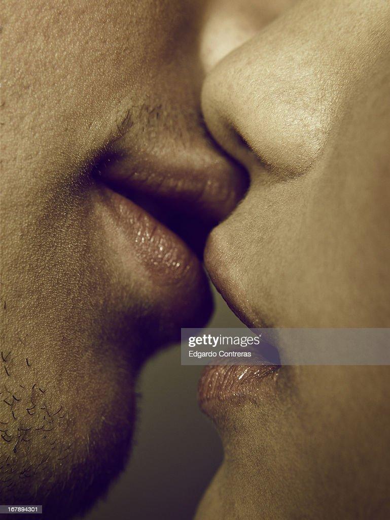 kiss : Stock Photo