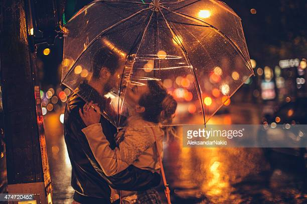 Beijo com Guarda-chuva