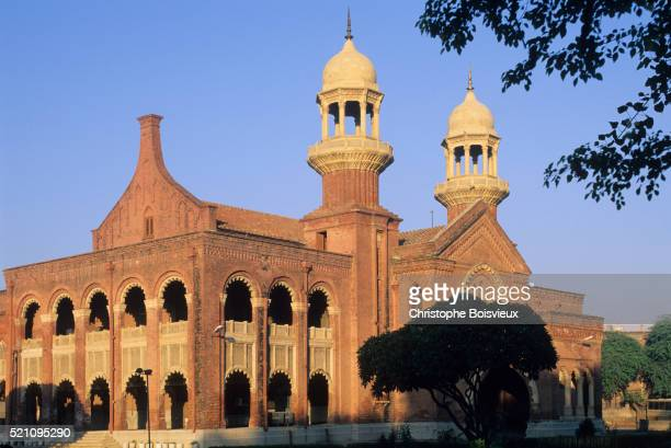 kistan, punjab, lahore, the mall, the courthouse - punjab university stock pictures, royalty-free photos & images