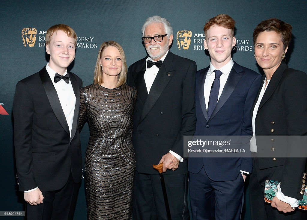 2016 AMD British Academy Britannia Awards Presented by Jaguar Land Rover And American Airlines - Red Carpet : Nieuwsfoto's