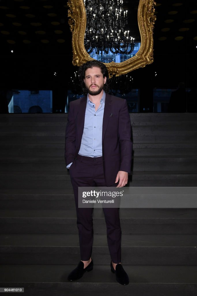 Kit Harington attends the Dolce & Gabbana show during Milan Men's Fashion Week Fall/Winter 2018/19 on January 13, 2018 in Milan, Italy.