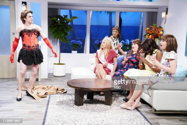 LIVE 'Kit Harington' Episode 1763 Pictured Host Kit Harington as Brian Cecily Strong as Erin with Ego Nwodim Aidy Bryant Leslie Jones and Melissa...