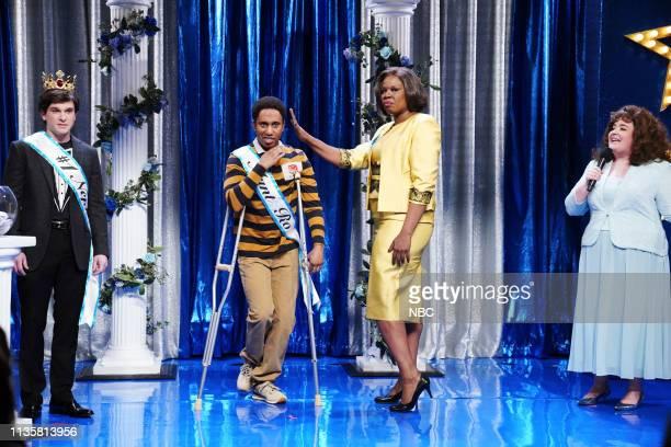 LIVE 'Kit Harington' Episode 1763 Pictured Host Kit Harington as Joshua Chris Redd as Daniel Leslie Jones as Aunt Ro and Aidy Bryant as Aunt Patty...