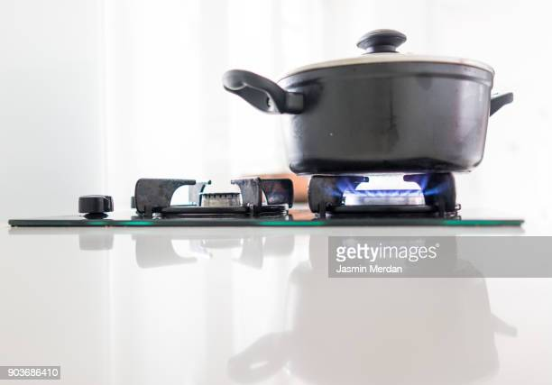kitchen gas - cooker stock pictures, royalty-free photos & images