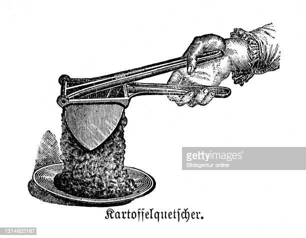 Kitchen implement, Potato ricer, historical kitchen appliances, Betty Gleim's cookbook, 1847 / Kartoffelquetscher, historische Küchengeräte, Betty...