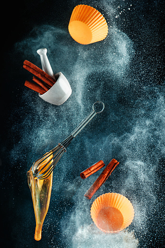 Kitchen mess: cinnamon cupcake - gettyimageskorea