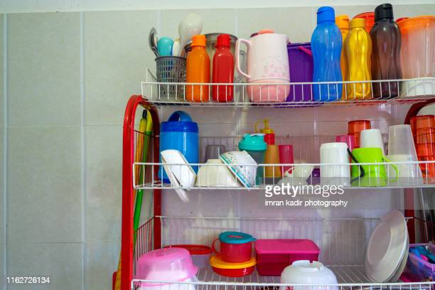kitchen set utensil - kitchenware shop stock pictures, royalty-free photos & images