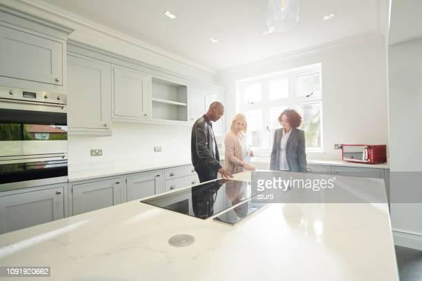 kitchen showroom - quartz stock pictures, royalty-free photos & images