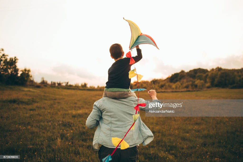 Kite ready for fly off : Stock Photo