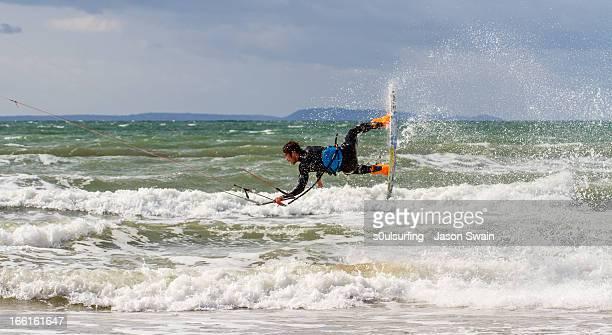 kiteboarding at compton bay - s0ulsurfing - fotografias e filmes do acervo
