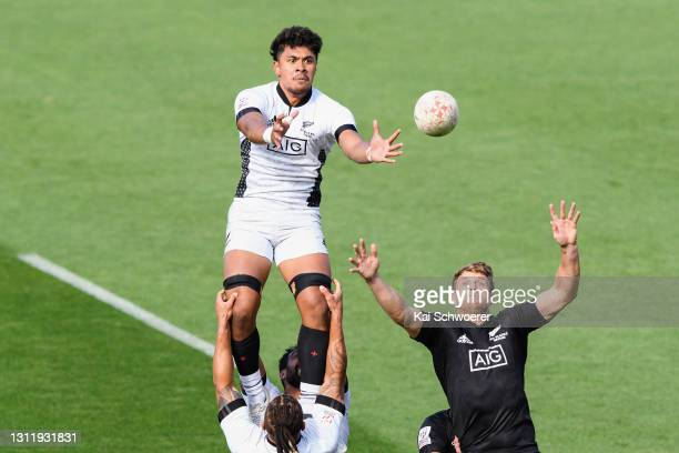 Kitiona Vai and Scott Curry compete for a lineout during the match between the All Blacks Sevens Black and All Blacks Sevens White at Sky Stadium, on...