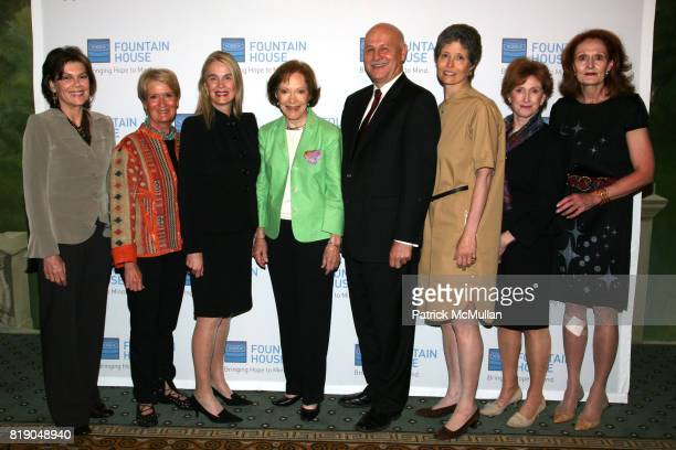 Kitty de Chazal Anne Mai Lorna Hyde Graev Rosalynn Carter Kenn Dudek Alexandra Herzan Lynn Nicholas and Pat Begley attend FOUNTAIN HOUSE Symposium...