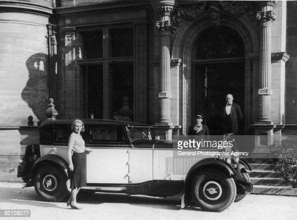 Kitty Murrell with her Delage D8 car, 28th June 1931. News Photo ...