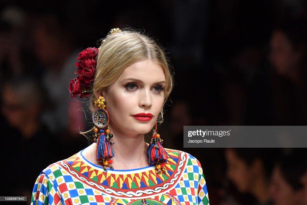 Dolce & Gabbana - Runway - Milan Fashion Week Spring/Summer 2019 : Photo d'actualité