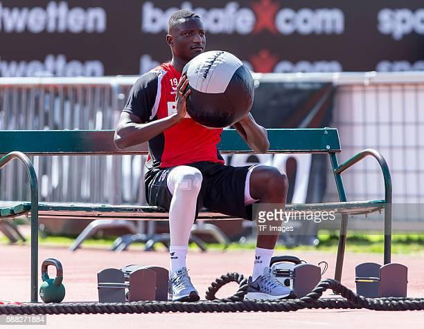 Kitzbuehel Oesterreich Trainingslager 1 FC Koeln Sehrou Guirassy im Einzel Fitnesstraining
