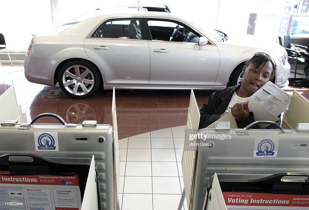 Kiwana Annons Casts Her Ballot At South Chicago Dodge Chrysler Jeep In The  State Primary March