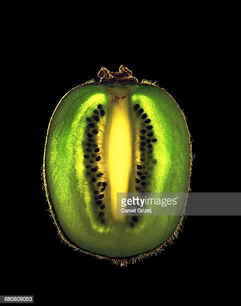 Kiwifruit cut into a thin slice