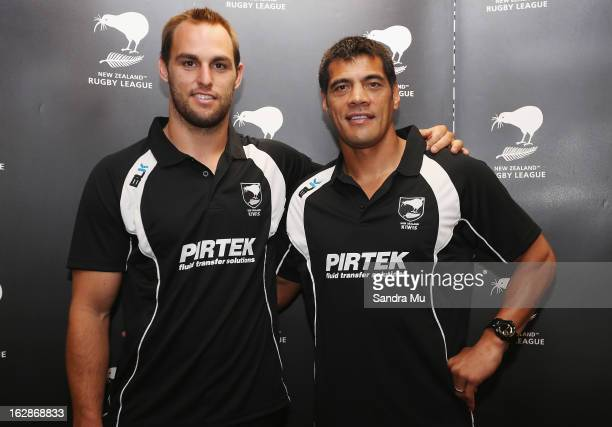 Kiwis coach Stephen Kearney poses with new captain Simon Mannering during the New Zealand Rugby League Captain Announcement at NZRL Headquarters on...