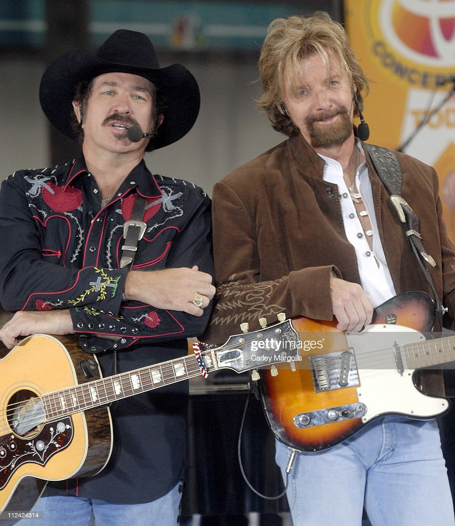 Brooks and Dunn Perform on the 2006 ''Today'' Show Summer Concert Series