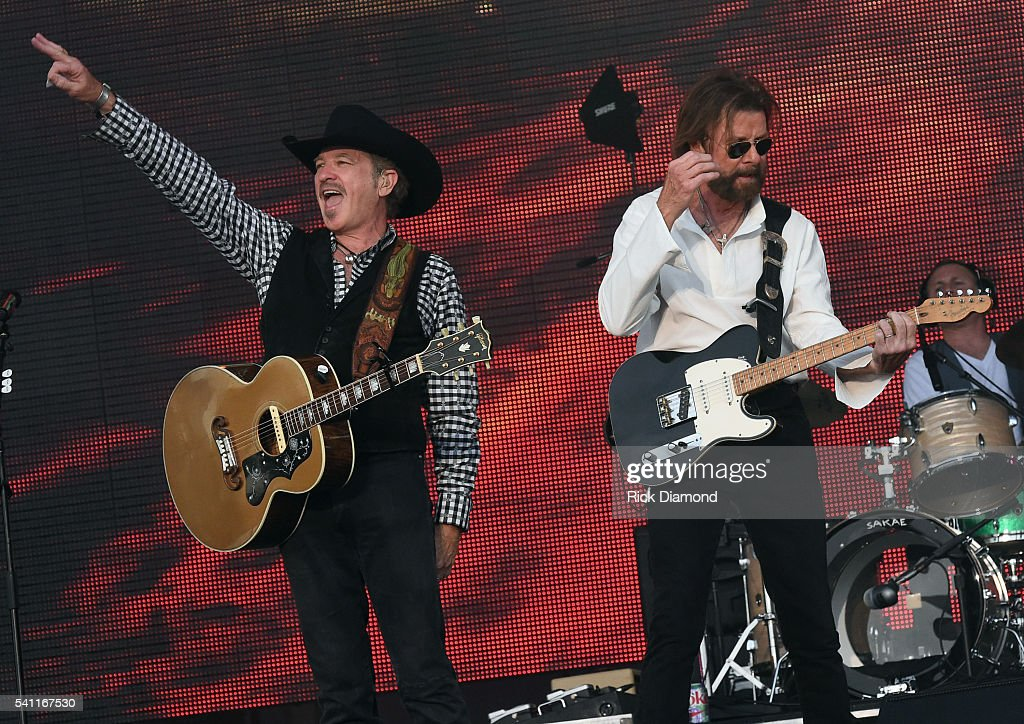 Kix Brooks and Ronnie Dunn of Brooks and Dunn perform during 2016 Windy City LakeShake Country Music Festival - Day 2 at FirstMerit Bank Pavilion at Northerly Island on June 18, 2016 in Chicago, Illinois.