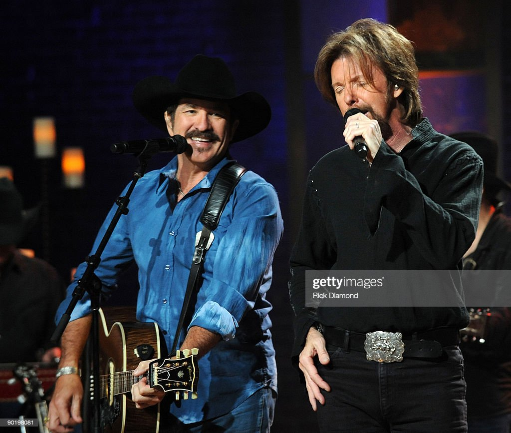 Taping of cmt invitation only featuring brooks dunn photos and kix brooks and ronnie dunn perform for the taping of cmt invitation only featuring brooks stopboris Images