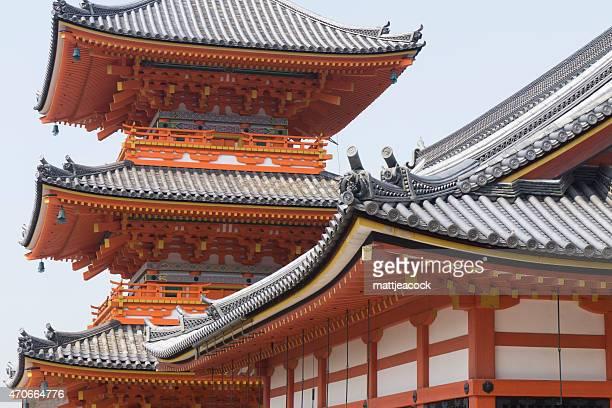 kiyomizu-dera bhuddist temple in kyoto, japan - kiyomizu dera temple stock photos and pictures